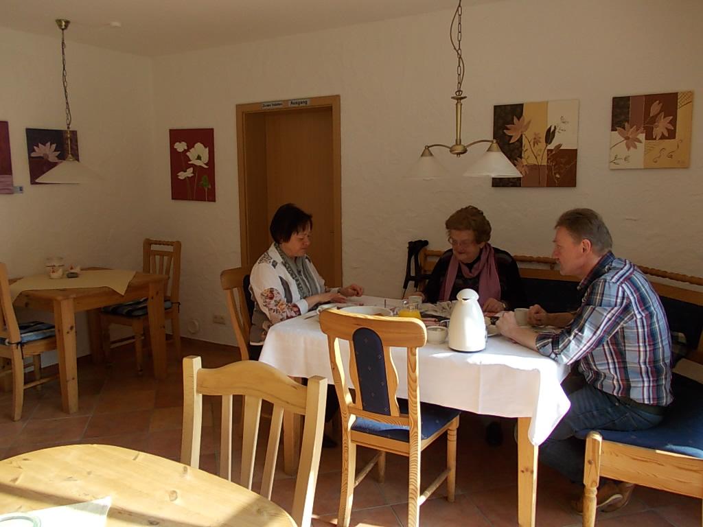 Kaffee und Kuchen - Lommersdorfer Mühle DE